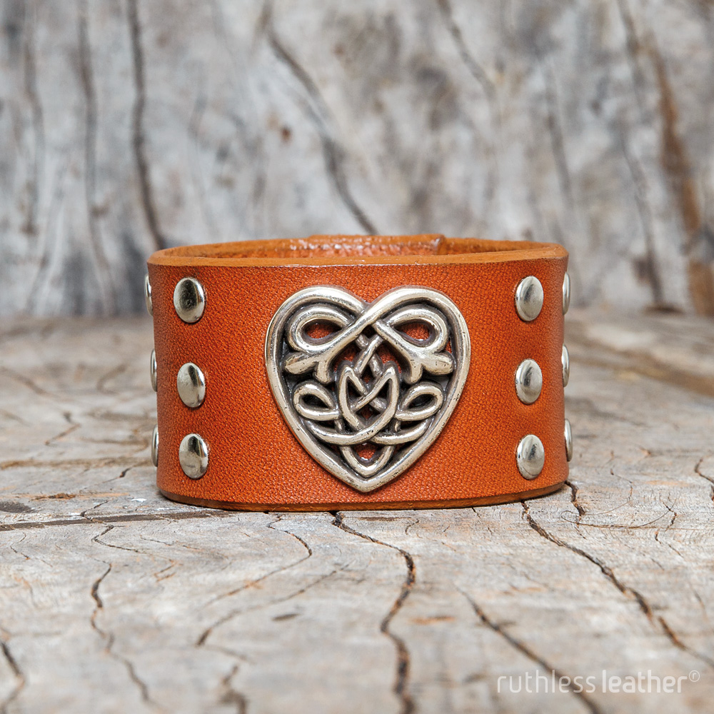 ruthless leather sweetheart cuff